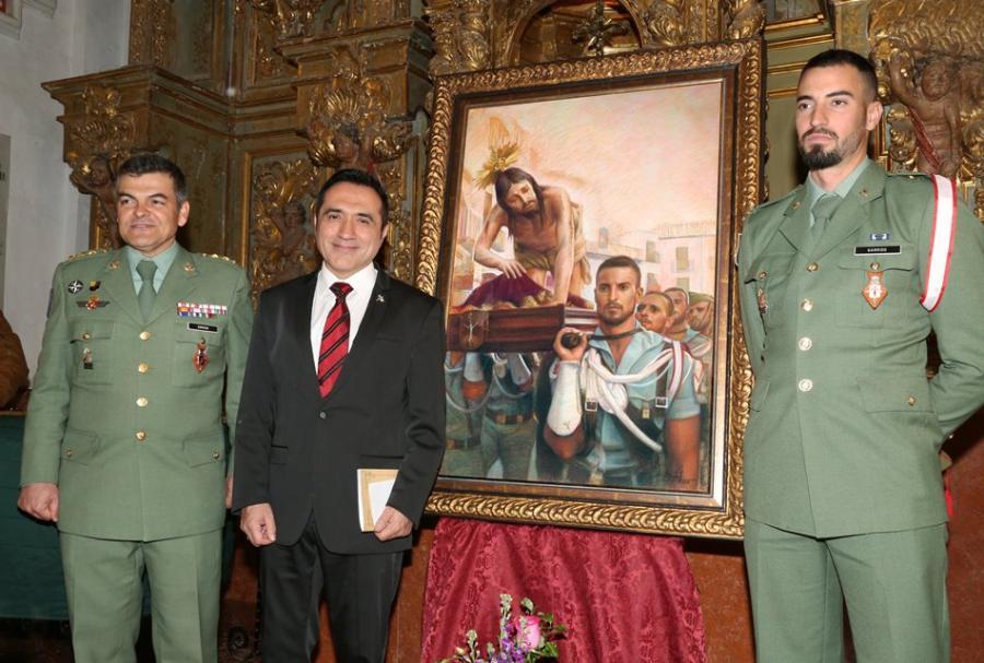 Actual Actual El pintor Antonio Montiel rinde homenaje a la legión en el cartel de la Semana Santa de Antequera 2018