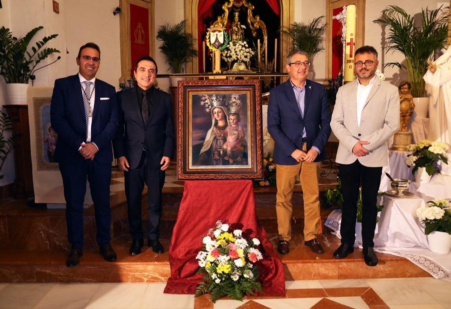 Actual Actual El pintor Antonio Montiel, autor del cartel de la Romería de San Isidro de Almogía y del Centenario de la Virgen del Carmen de Rincón de la Victoria