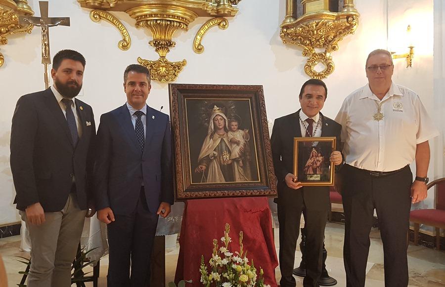 Actual Actual Brillante presentación del pintor Antonio Montiel, autor del Cuadro de Festividad 2019 de la Hermandad de la Virgen del Carmen de El Palo