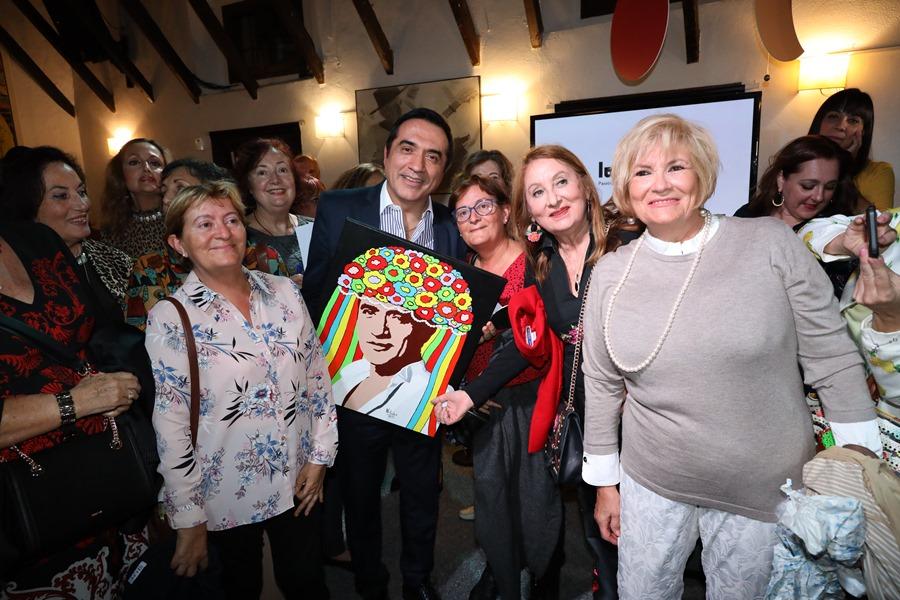 """Actual Actual Los """"lunares de Málaga"""" triunfan con el pintor Antonio Montiel"""