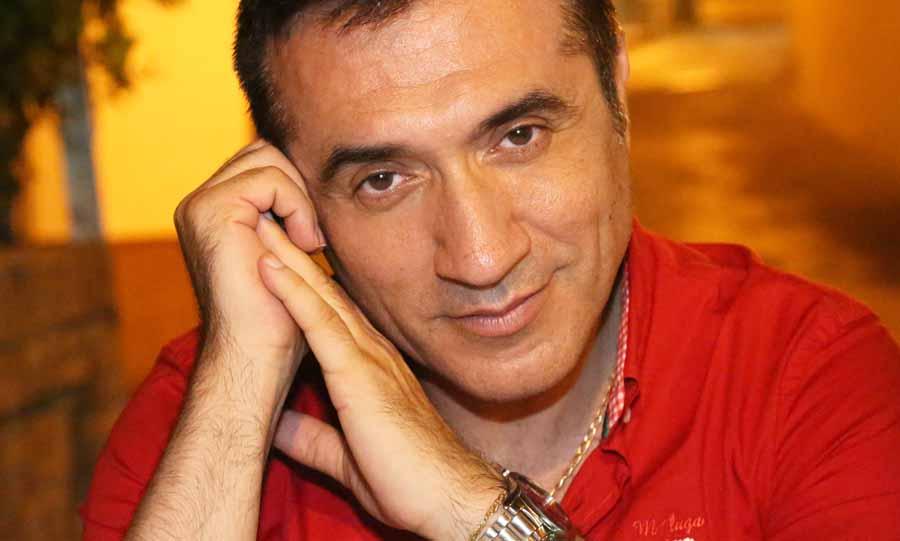 Actual Actual El célebre pintor Antonio Montiel será el autor del cartel anunciador de la Semana Santa de Antequera del año 2018