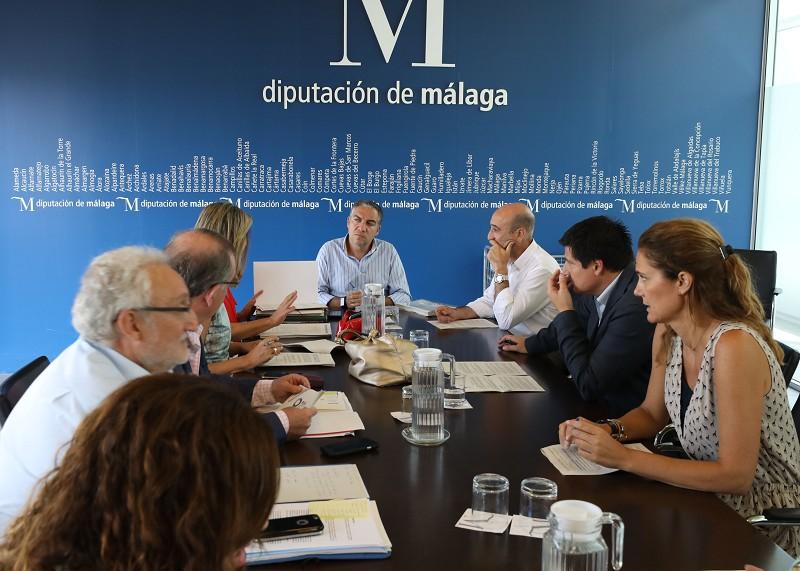 Actual Actual La Diputación pone en marcha una línea de ayudas al emprendimiento en municipios menores de 20.000 habitantes